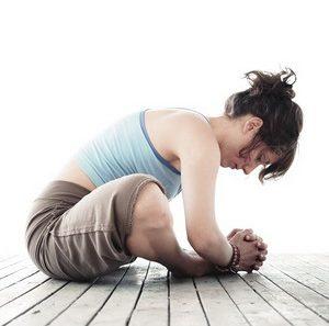 Йога для лечения грыжи позвоночника