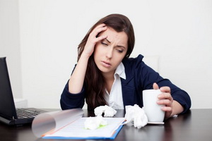 Стресс у человека: как проявляется и как лечить народными средствами